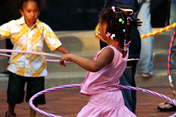 El hula hop no pasa de moda