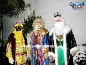 Contratar en las fiestas de navidad del colegio a los Reyes Magos