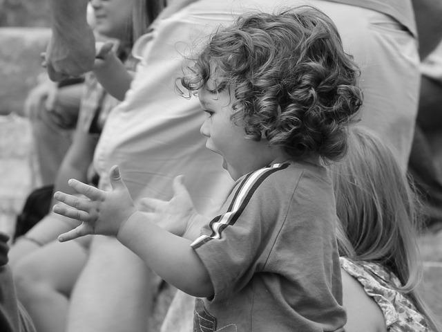 Fiestas infantiles en Madrid al escoger música divertida