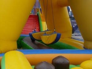 Tipos de fiestas infantiles a domicilio para alquilar hinchables Wipeout