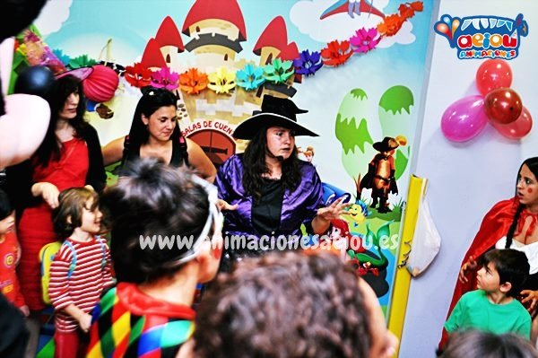 ¿Qué es esta oferta de trabajo para animadores infantiles y monitores en Madrid?