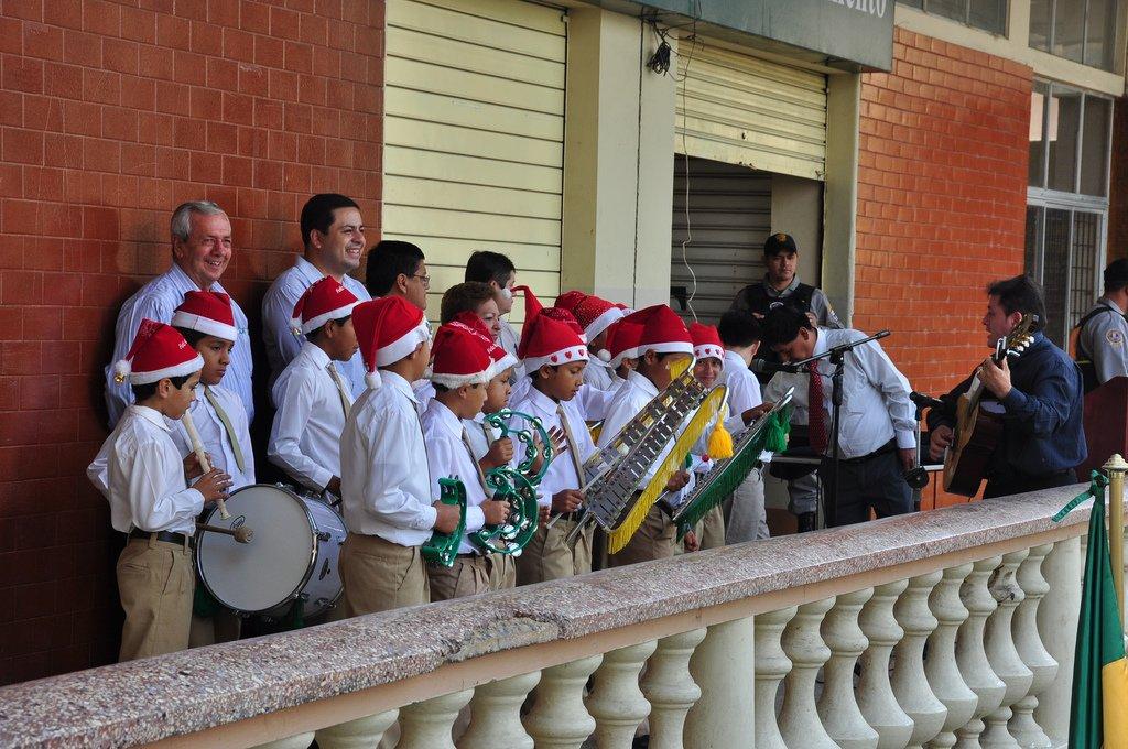 Otras canciones importantes de Villancicos populares para tu fiesta del colegio