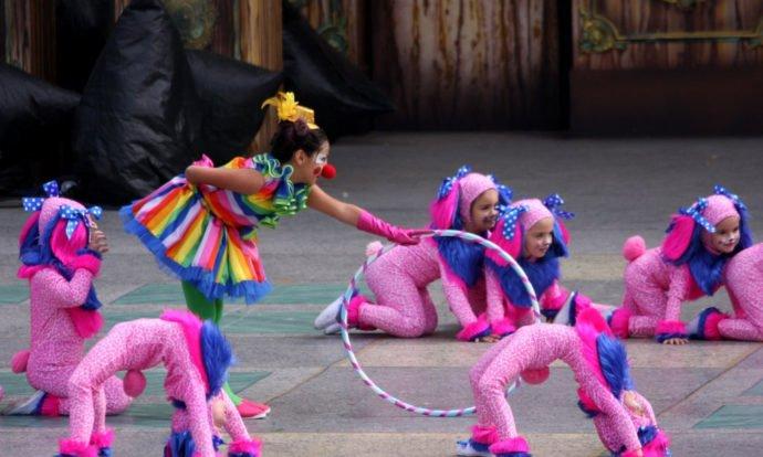 Fiestas de Carnaval en el colegio-bailes